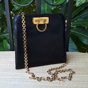 HP 🏵Salvatore Ferragamo Black Leather Gancini Bag